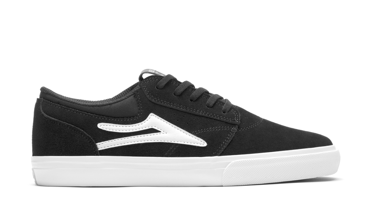 GRIFFIN_SUEDE_BLACK_LAKAI_SIDE